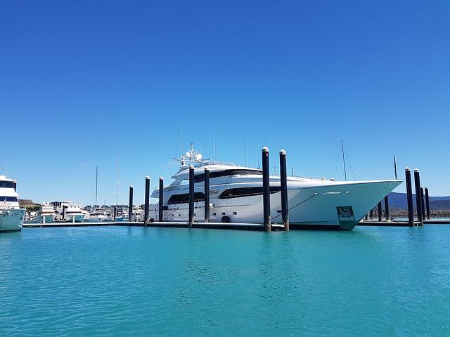 croisière en famille à bord d'un yacht